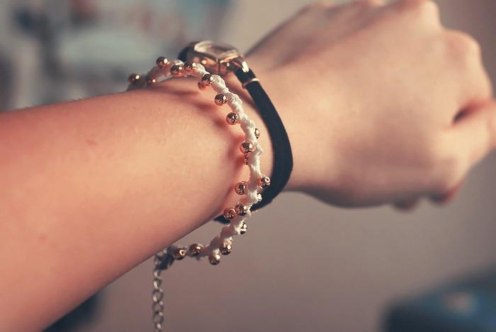 Selbstgemachte Armbänder