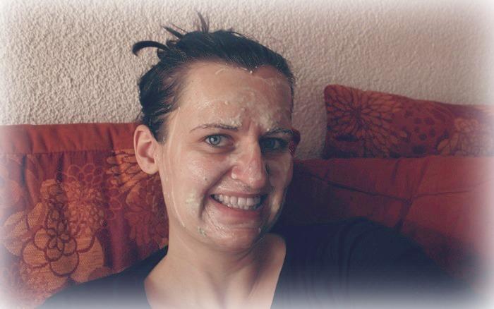 Gesichtsmaske gegen große Poren
