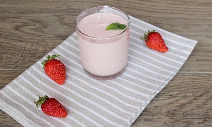 selbstgemachte erdbeercreme - Rezept