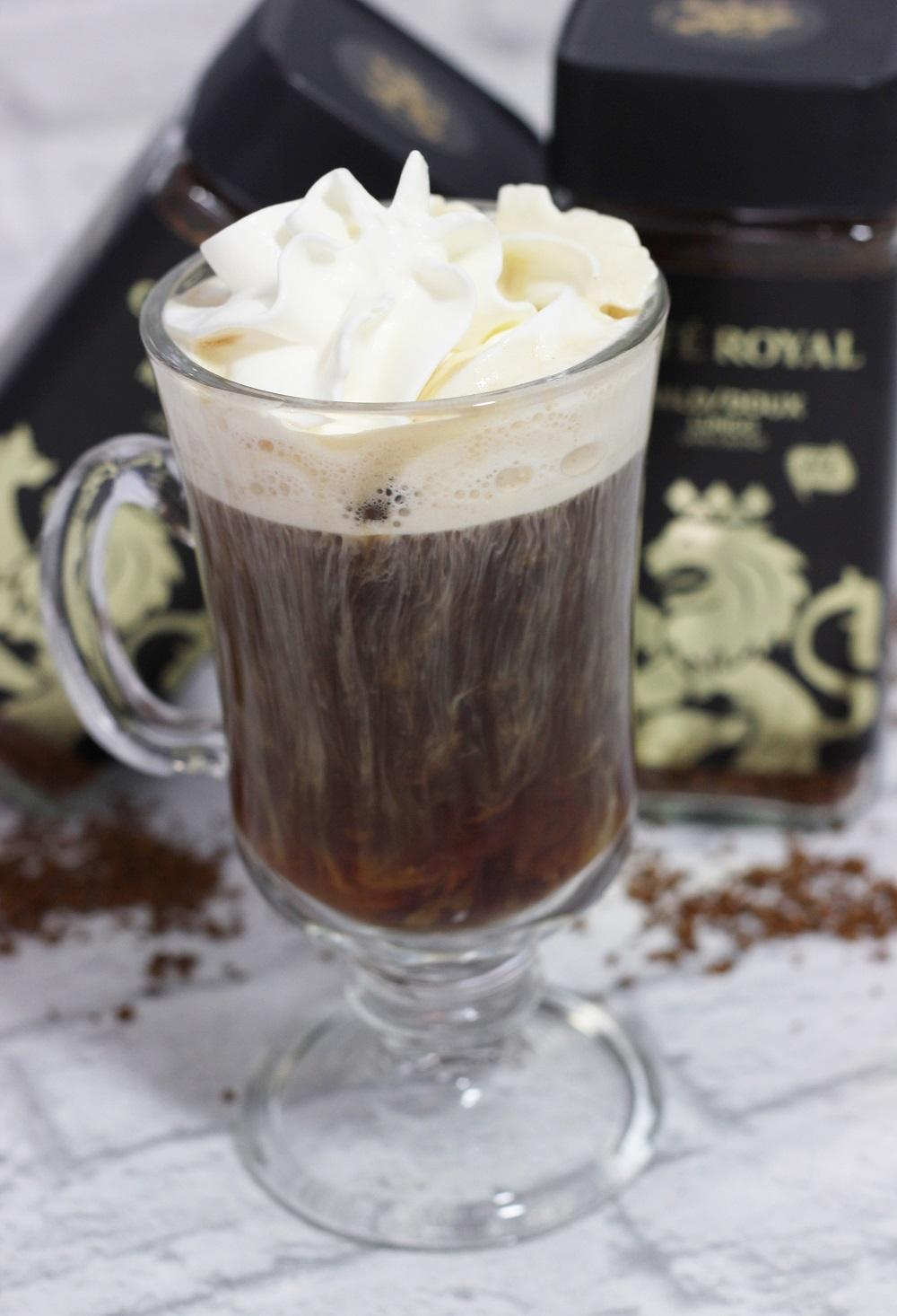 Eiskaffee aus Instantkaffee