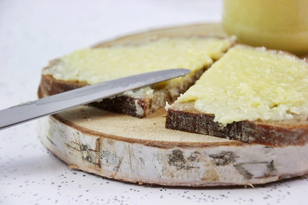 Weiße Schokolade-Kokos-Aufstrich