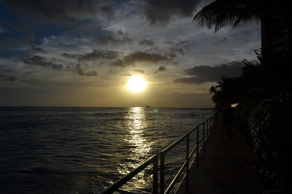Waikiki Beach Sonnenaufgang