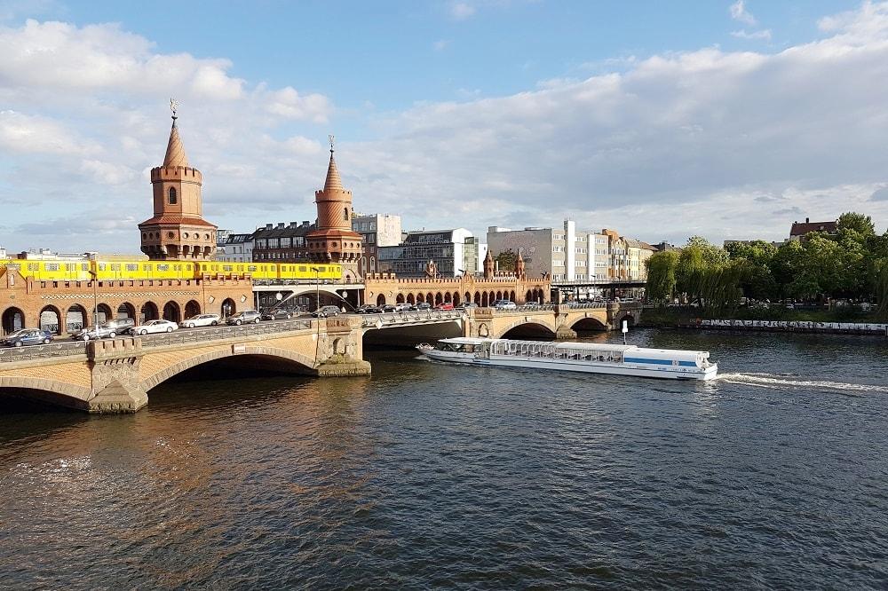 Berlin Friedrichshain Brücke