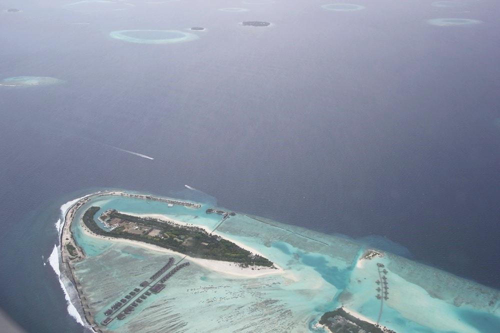 lhaviyani atoll maledives
