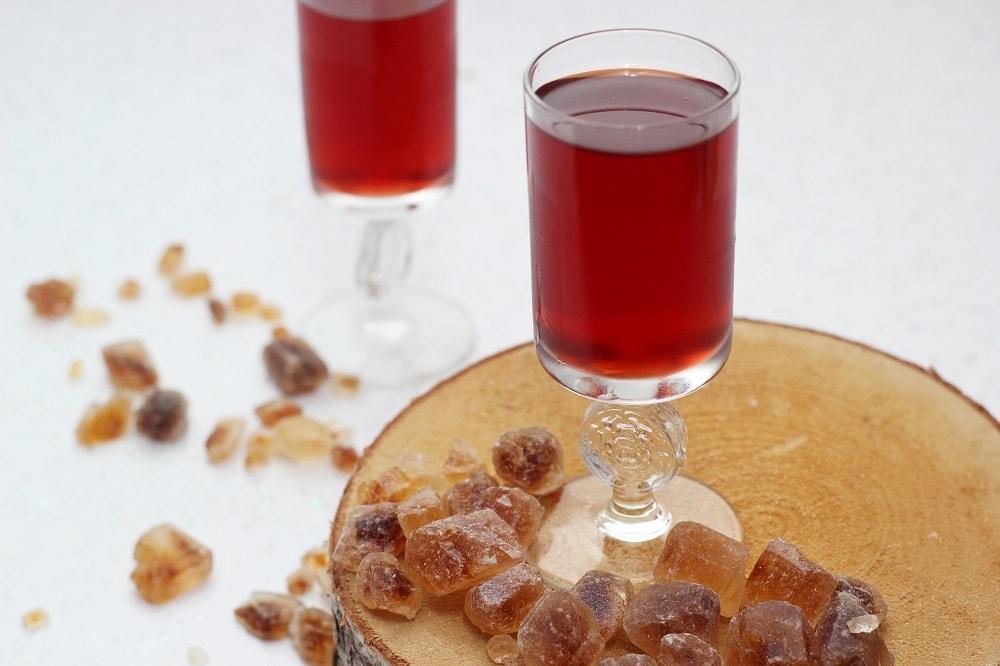 Rezept: Granatapfellikör mit Vanillle und Wodka
