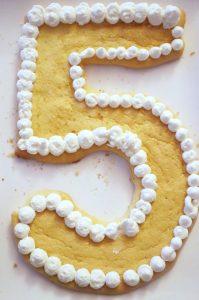 Number Cake Zahl 5