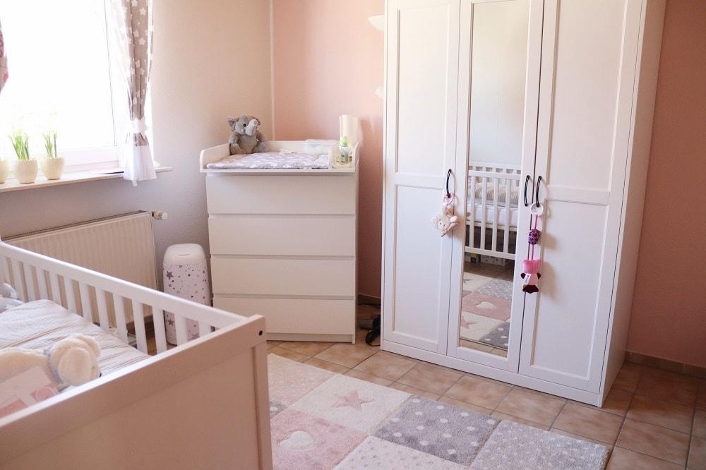 Checkliste Baby-Erstausstattung
