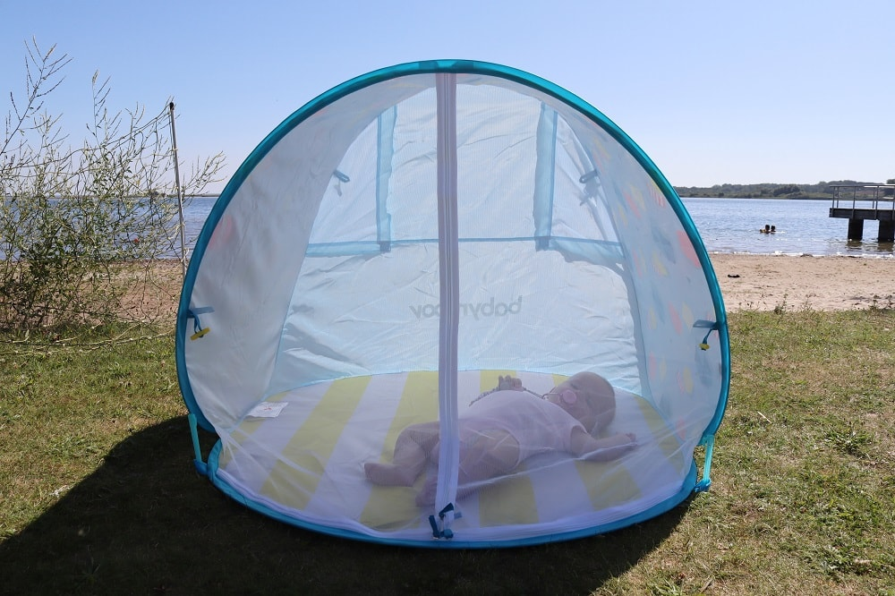 Strandmuschel für Babys mit UV Schutz