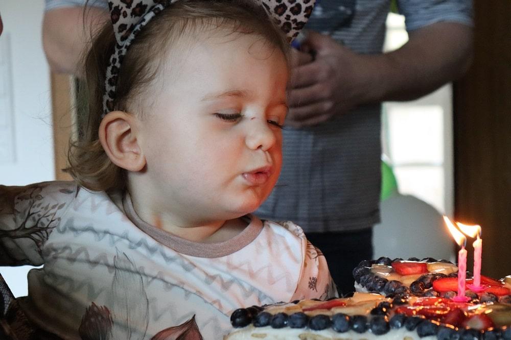 Geburtstagskuchen für Kinder - Schmetterlingskuchen